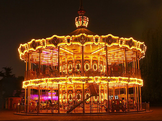 Double-Layer Carousel
